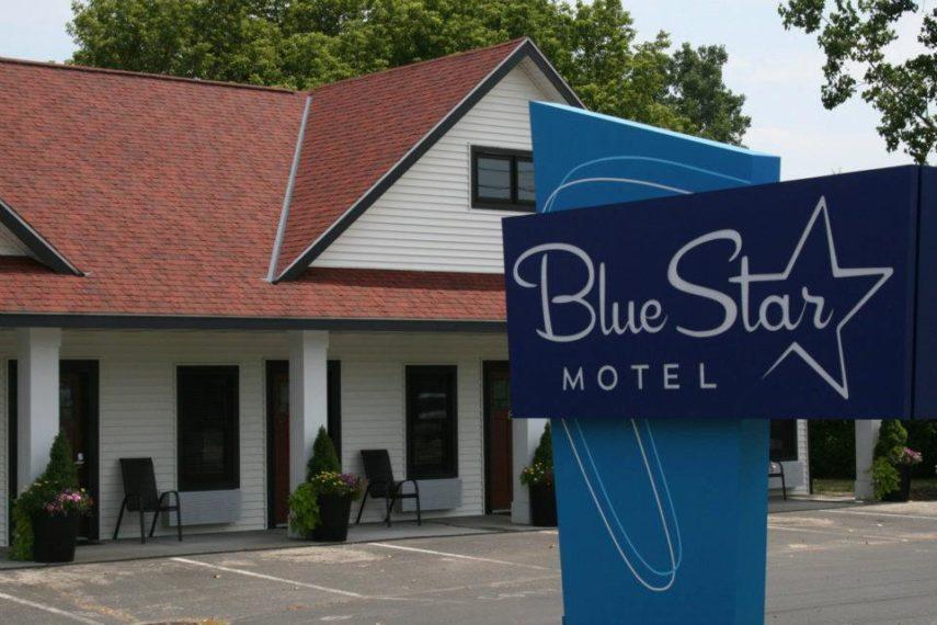 BlueStarMotel4